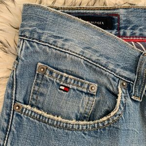 Tommy Hilfiger Mom Jeans